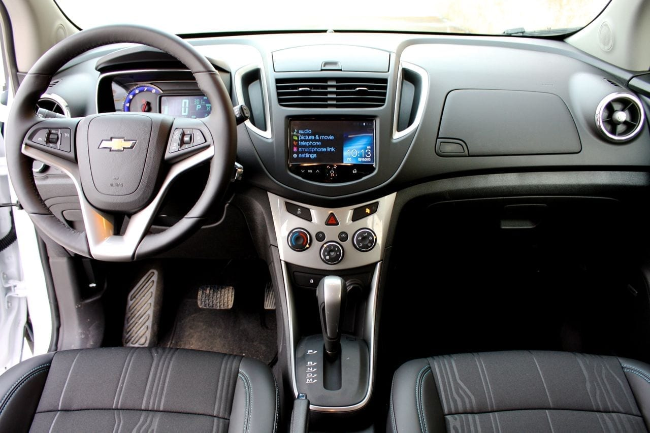 Review 2013 chevrolet trax lt wildsau dash wide sciox Image collections