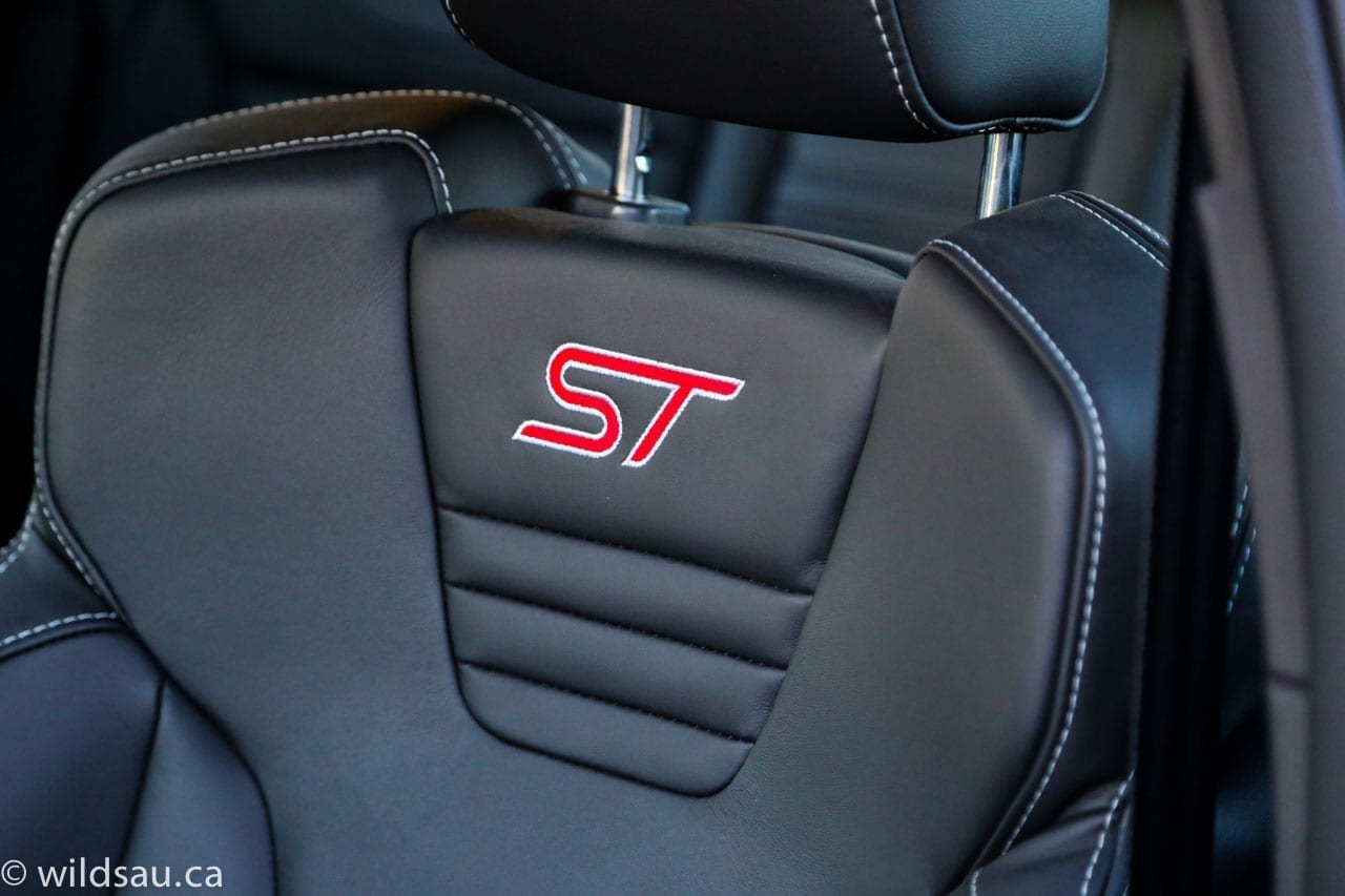 ST seat badge