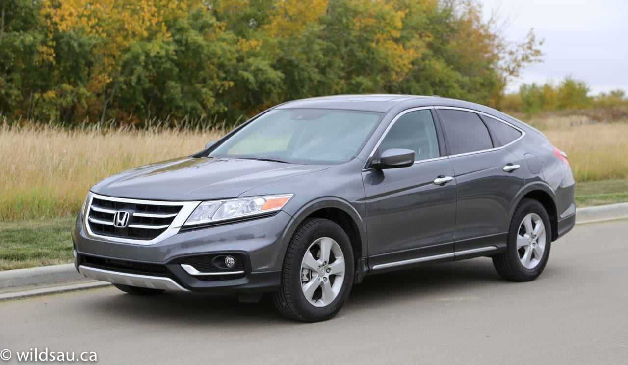 review 2013 honda crosstour. Black Bedroom Furniture Sets. Home Design Ideas