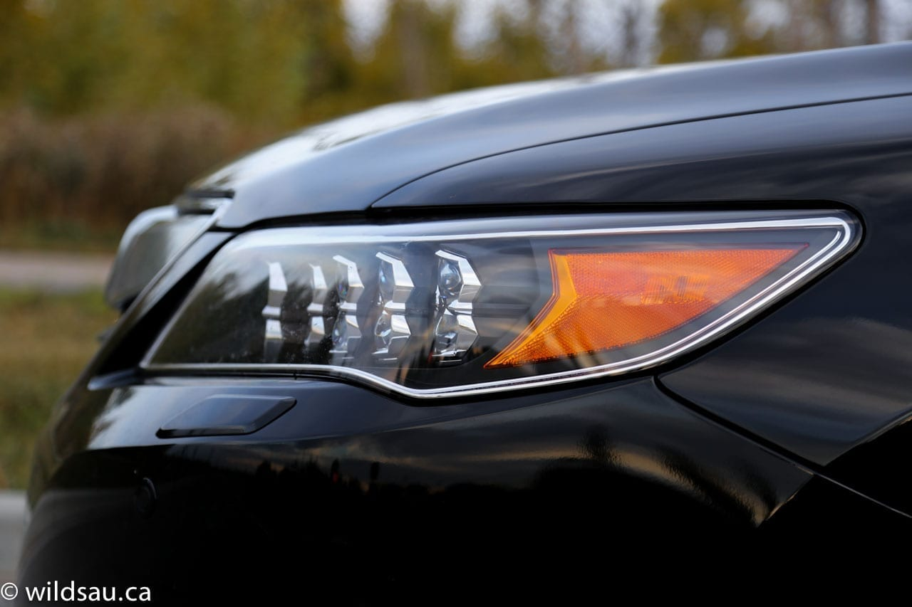 headlight side detail
