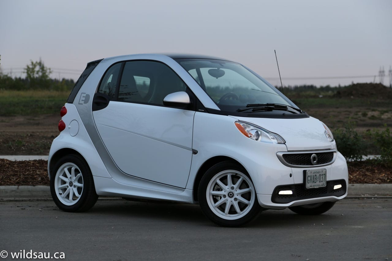 review 2015 smart fortwo electric drive. Black Bedroom Furniture Sets. Home Design Ideas