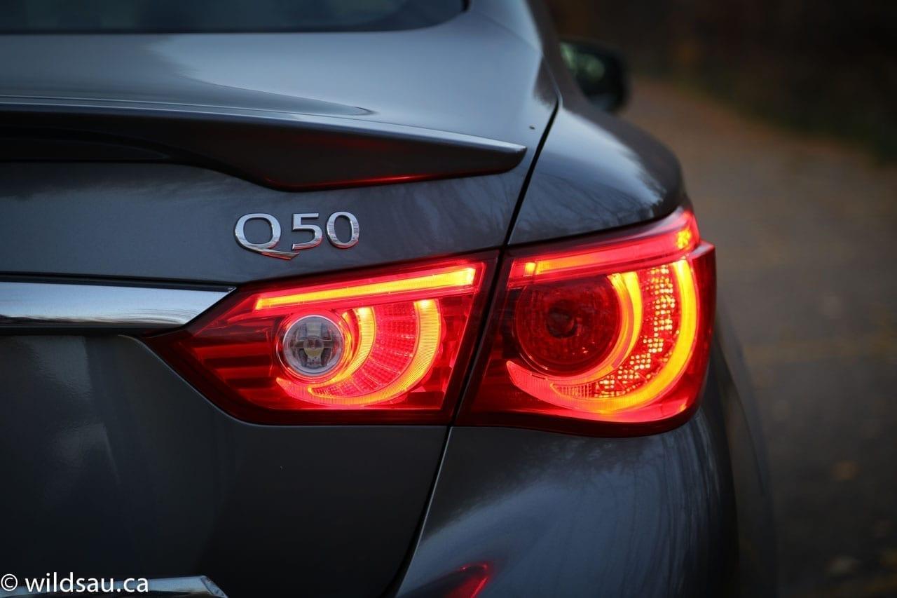 tail light Q50