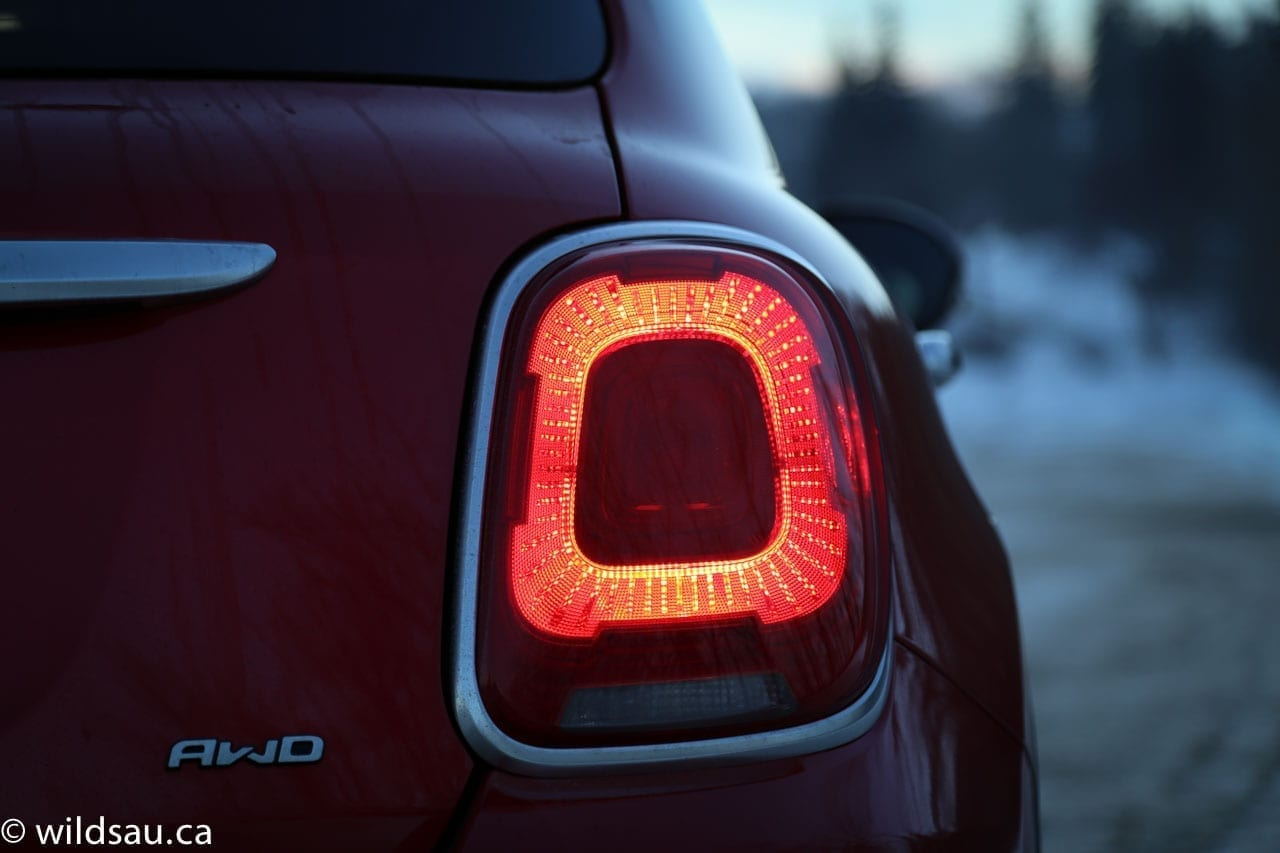 tail light dark